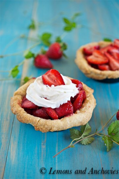 Fresh Strawberry (Mini) Pies
