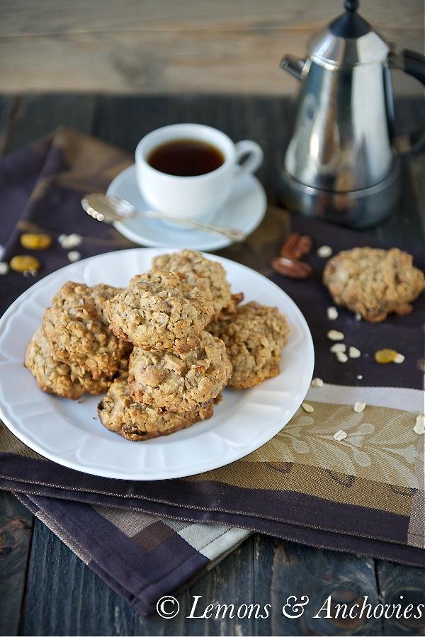 Raisin Pecan Oatmeal Cookies-4