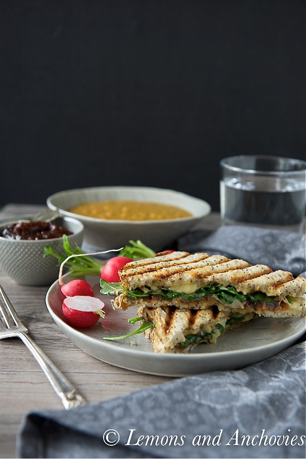 Grilled Cheese Sandwich with Fig Butter and Arugula-2