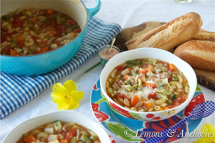 Weeknight Minestrone Soup
