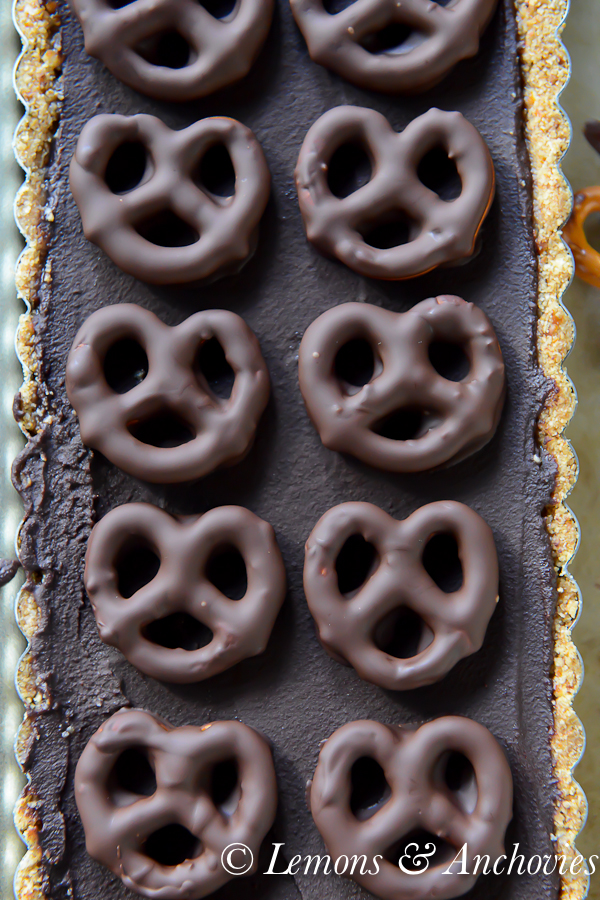 Dark Chocolate and Salted Pretzel Tart {No-Bake} | Lemons & Anchovies Blog