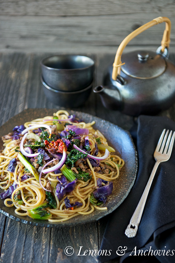 Stir-Fried Noodles with Kale & Cabbage | http:lemonsandanchovies.com