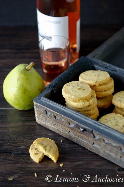 Cheddar & Fennel Seed Crackers
